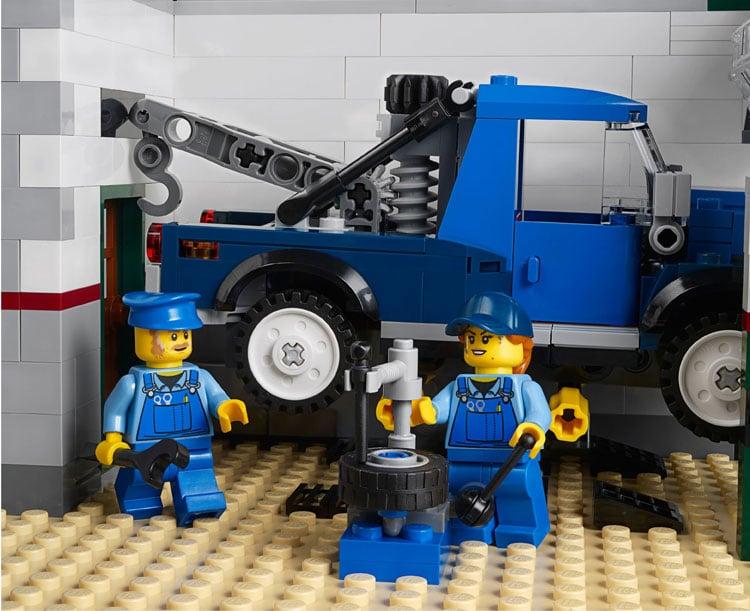 lego-creator-10264-garage11