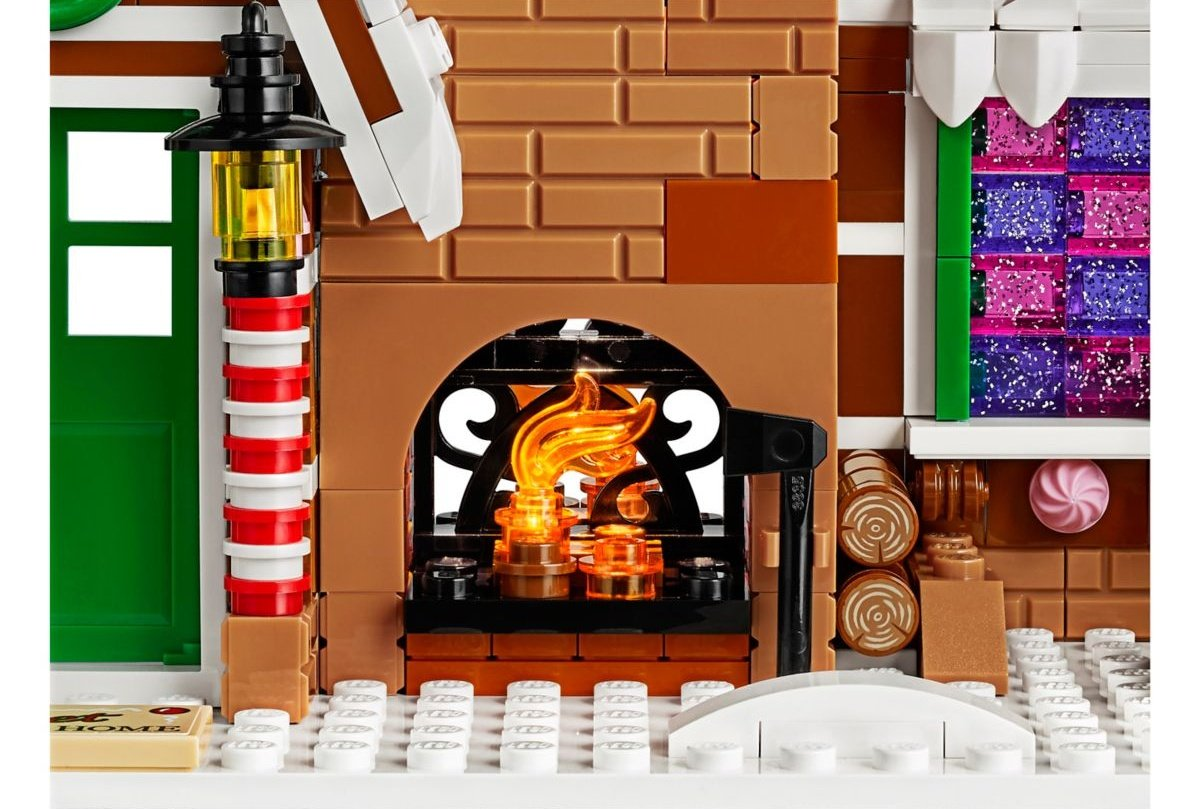 lego-creator-expert-10267-gingerbreadhouse-0014