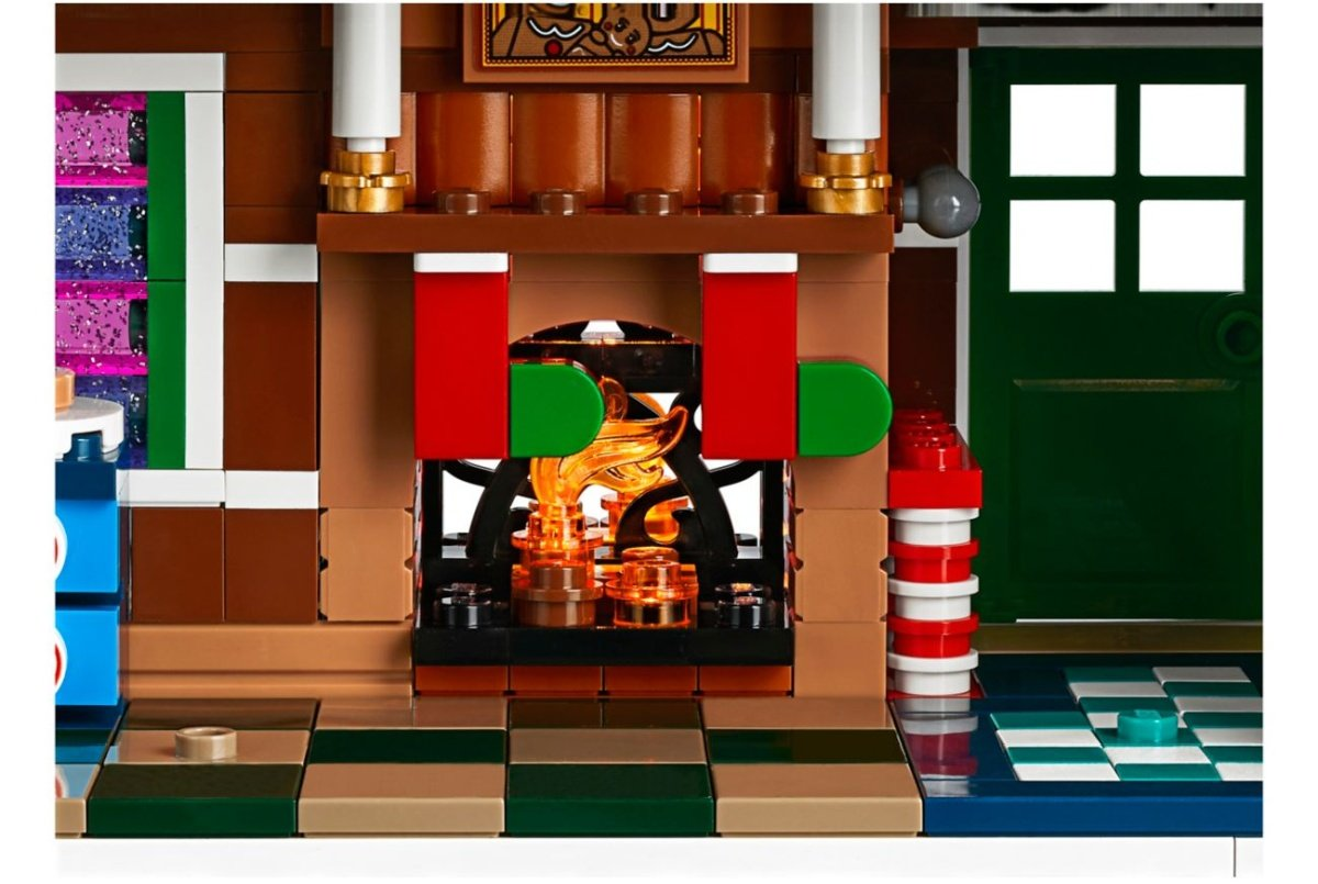 lego-creator-expert-10267-gingerbreadhouse-0016